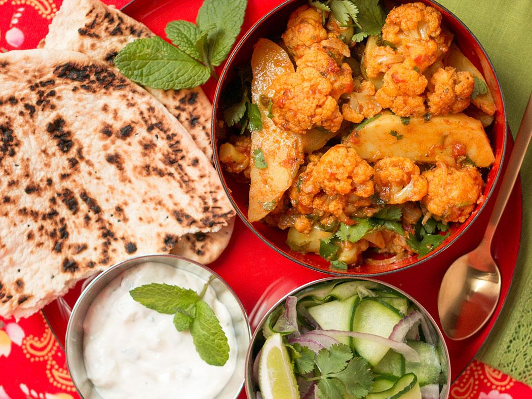 Aloo Gobi – Cauliflower & Potato Curry