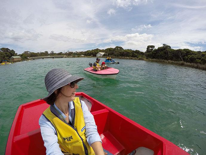 Anglesea motor boat hire - mypoppet.com.au