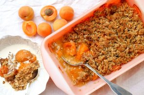 Apricot Crumble with Coconut Crumble Topping