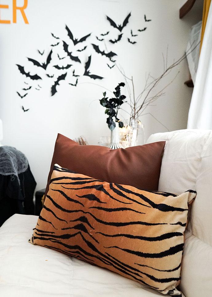 Halloween decor black paper bats