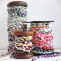 Scrapbusting: How to make Fabric Twine