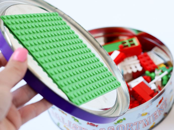 How to make a portable lego playset