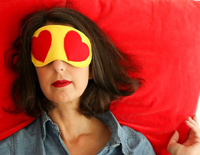 DIY travel sleep eye mask - heart eyes emoji - mypoppet.com.au