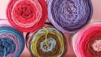 Self-Striping Yarn Cakes - Which brand do I choose? Pattern