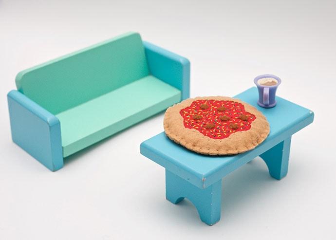 Doll house miniature felt pizza - DIY instructions - mypoppet.com.au