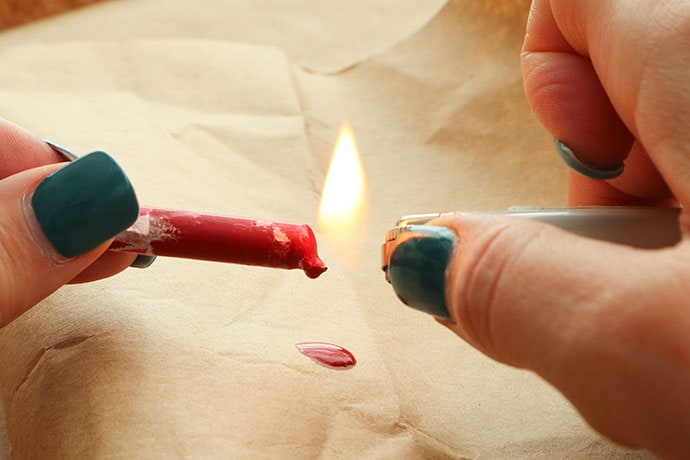 How to make a wax seal with a crayon. mypoppet.com.au