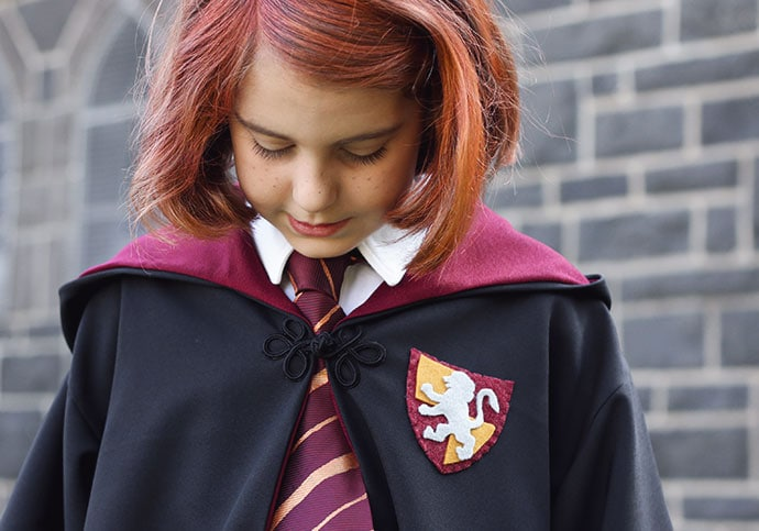 DIY Hogwarts Robes – Ginny Weasley Cosplay
