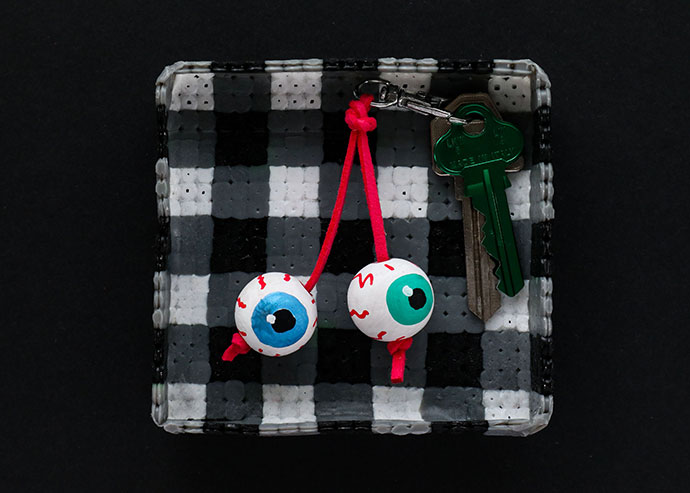 Halloween Craft – Eyeball Keychain