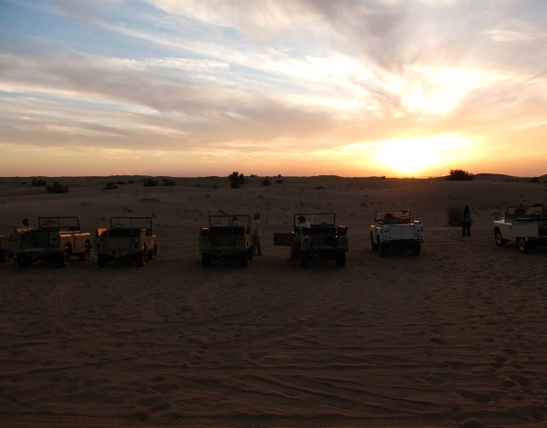 Vintage Land Rover sunset safari dubai arabian desert mypoppet.com.au
