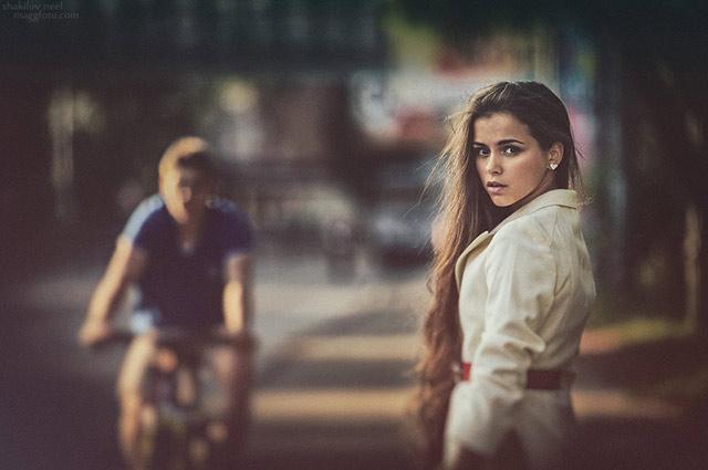 Street moment Girl Portrait