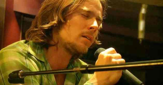 Lukas Nelson son of the legendary singer Willie Nelson.