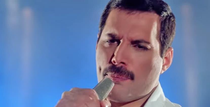 Freddie Mercury sings version of 'Time Waits For No One' in