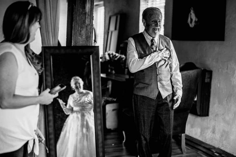 photography of wedding anniversary