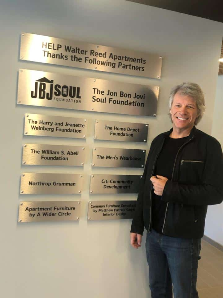Bon Jovi donates money for the homeless veterans.