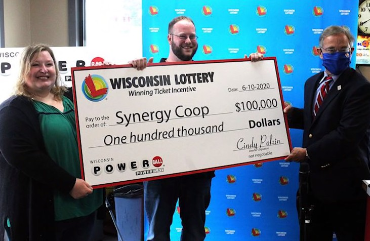Man honors friendship by sharing winnings.