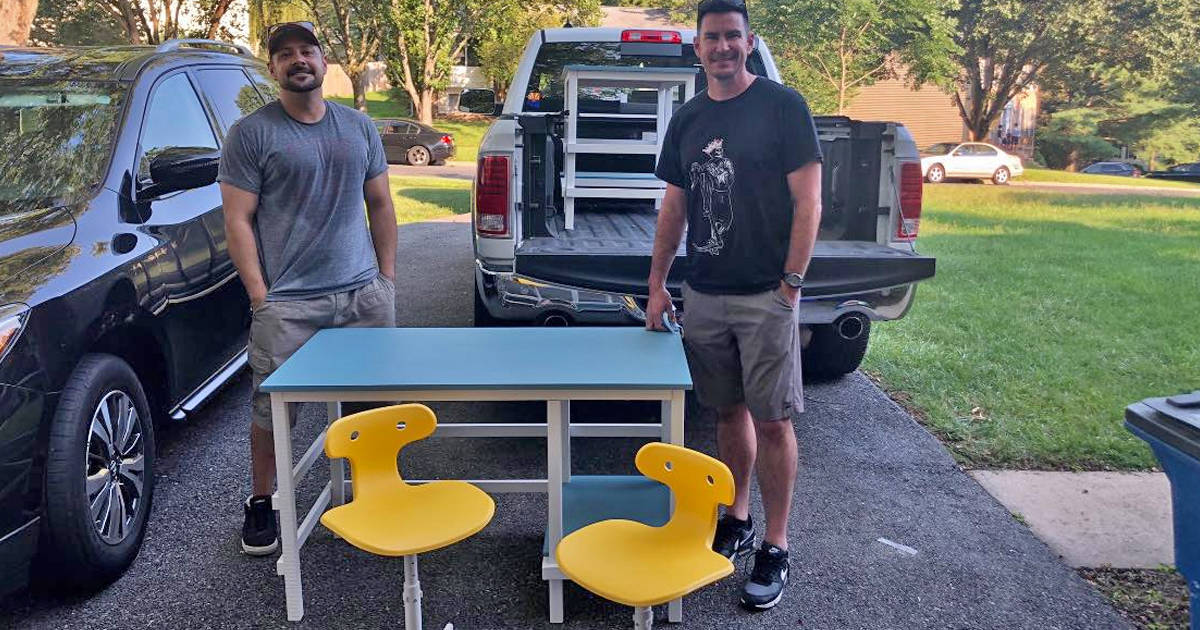 These dads are building desks for students who need them during virtual learning - my positive outlooks