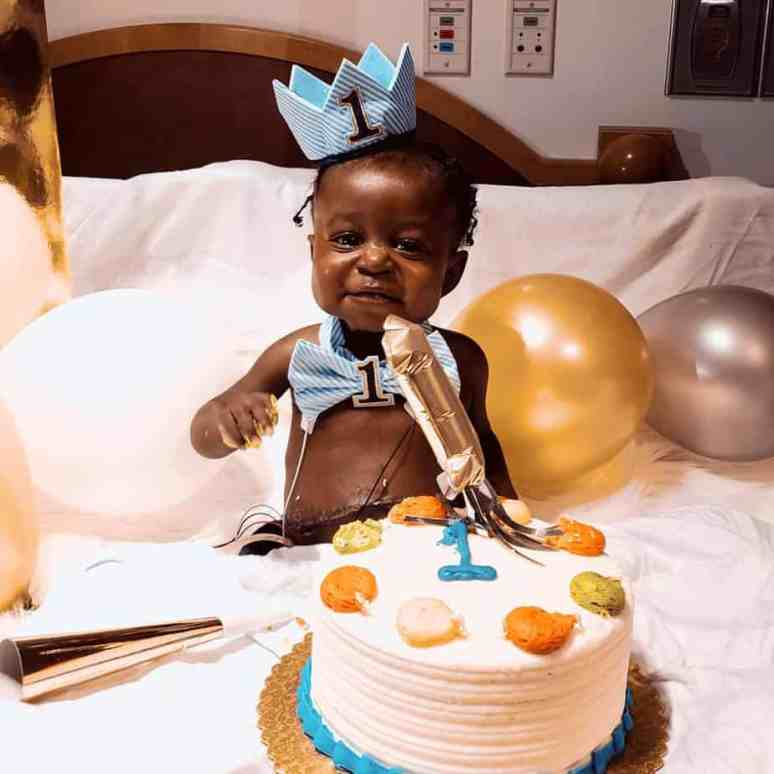 Kasen Donerslon celebrating his first birthday in the hospital