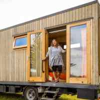 Woman's off-grid tiny house truck is every solo female traveler's dream, take a look inside