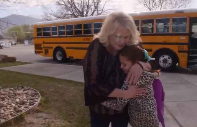Tracy Dean and Isabella Pieri hugging
