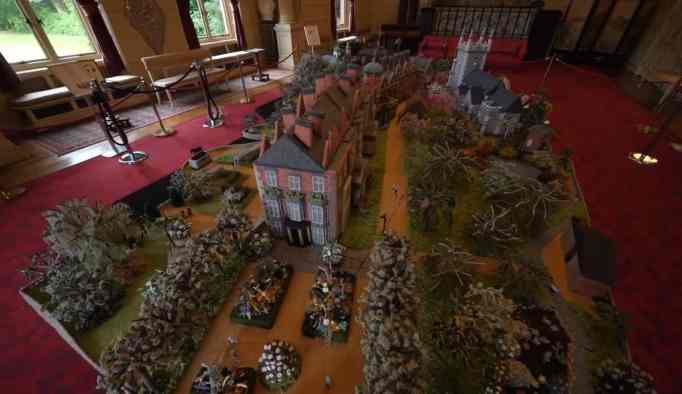 A knitted miniature version of the Sandringham Estate