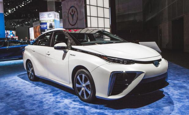 Toyota Air Car Mirai New Model 2016 Price in Pakistan with Specs Features and Review