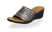 Ladies Sandals By Regal Shoes Latest Fashionable Designs In Pakistan Price Colors Images