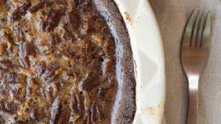 The Best Keto Pecan Pie