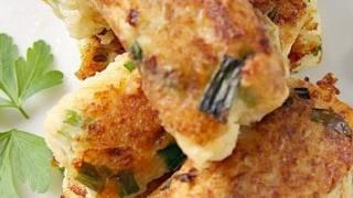 Cauliflower Cheese & Onion Croquettes