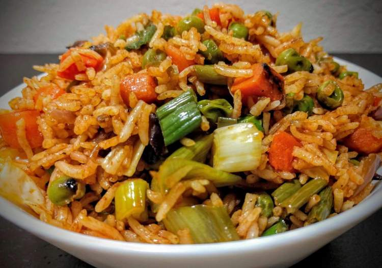Veg fried rice recipe easy vegetable fried rice vegecravings veg fried rice recipe easy vegetable fried rice ccuart Image collections