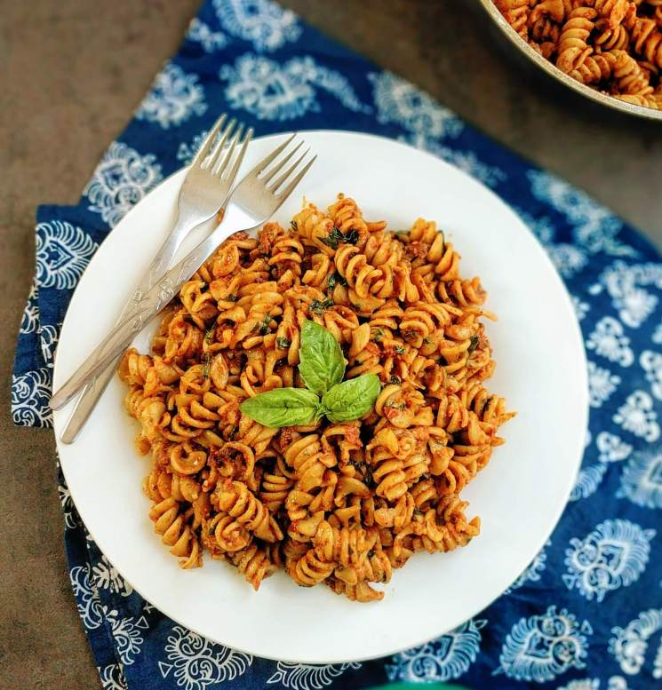 Sun-Dried Tomato And Pesto Pasta Recipe Step By Step Instructions
