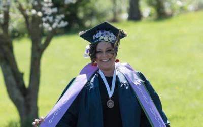 GED Grad Elaina Glynn graduates from ETSU in Dental Hygiene