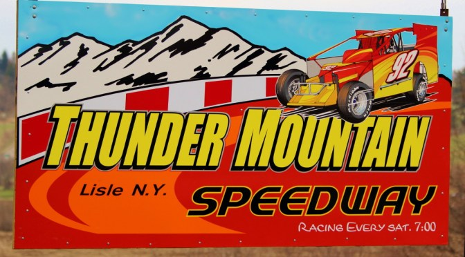 Thunder Mountain Speedway Brings Down The Curtain On 2015 Season With Festive Awards Banquet At Marathon Civic Center