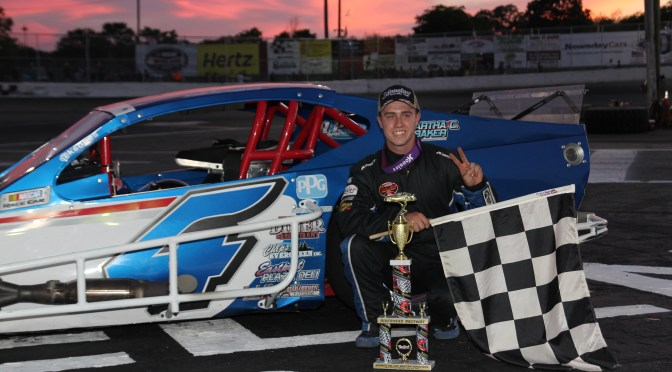 KYLE SOPER COLLECTS SECOND STRAIGHT RIVERHEAD RACEWAY NASCAR MODIFIED WIN