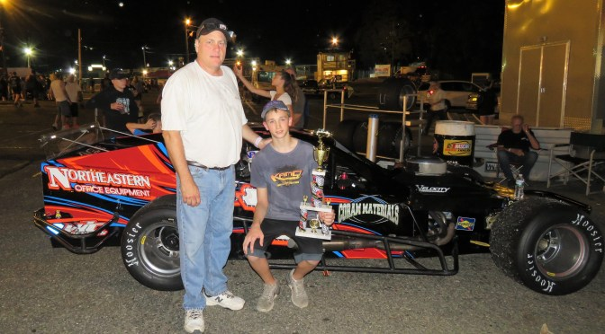 DILLON STEUER WARDS OFF TOM ROGERS JR. IN RAIN SHORTENED RIVERHEAD RACEWAY NASCAR MODIFIED FEATURE SATURDAY