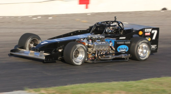 Oh, Black Betty: Sitterly Earns Record Breaking Eighth Oswego Supermodified Title
