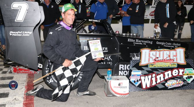 Otto Sitterly Passes Aric Iosue on Late Restart to Become First Repeat Novelis Supermodified Winner of 2019