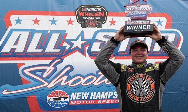 Emerling Wins Three-Wide Photo Finish in  NASCAR Whelen Modified Tour All Star Shootout