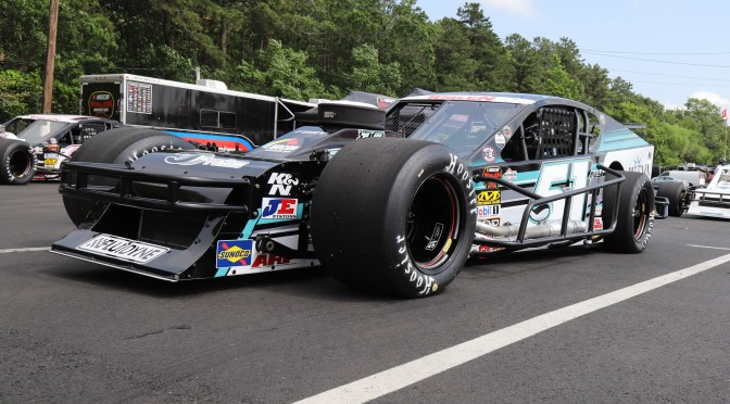 PIT BOX: Justin Bonsignore Looks For Seven Straight at Thompson