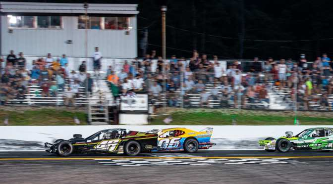 Craig Lutz Pushes To Monadnock Win in Series Debut