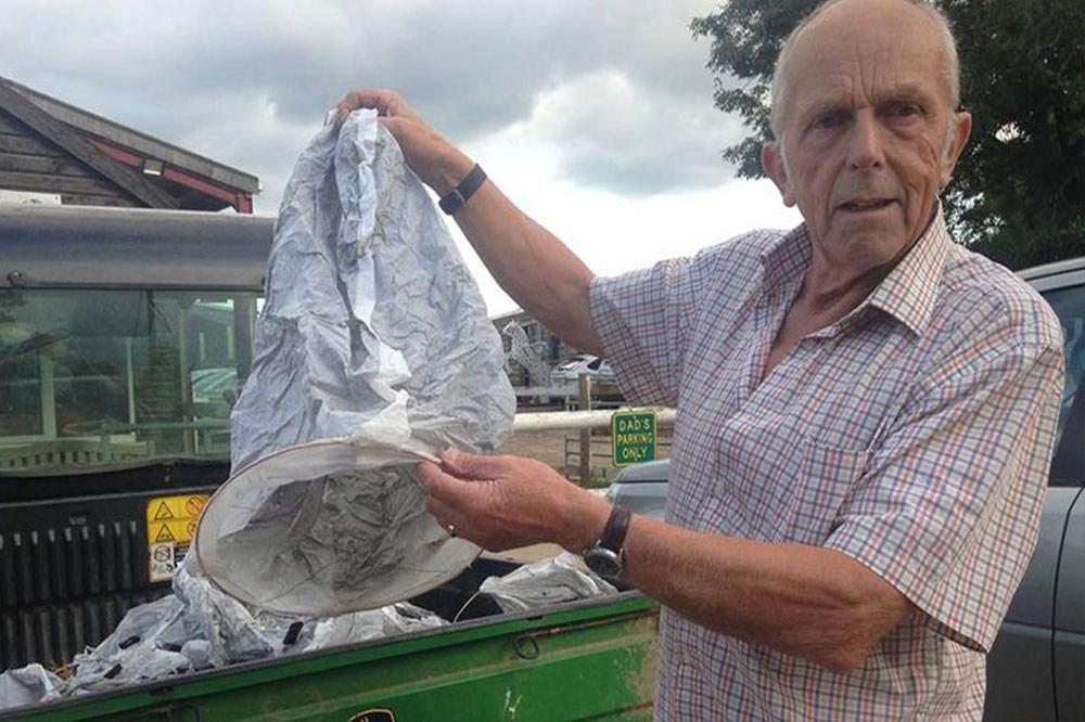 Sky Lanterns Dangerous Tradition: Animal Injuries