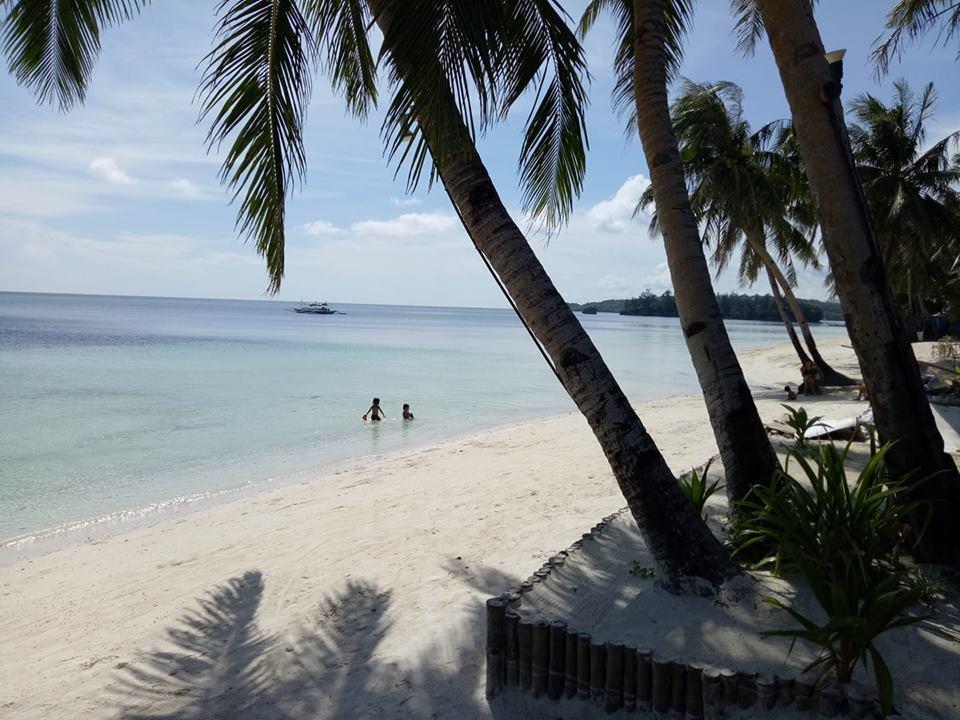 Bulabog Beach by Kelly Pierce