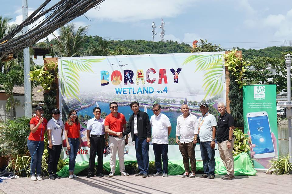 Ranggo Magazine-Opening Day Ceremony at Bulabog Beach. Photo: Office of the Presidential Assistant for the Visayas