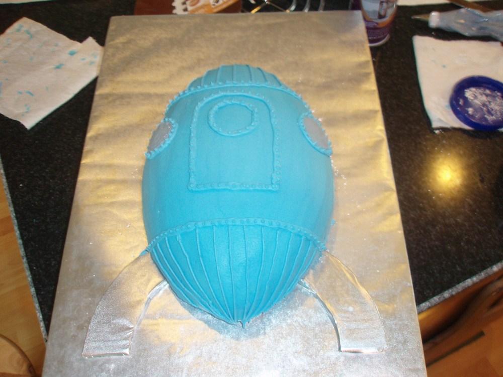 Baby Shower Rocket Cake (4/6)