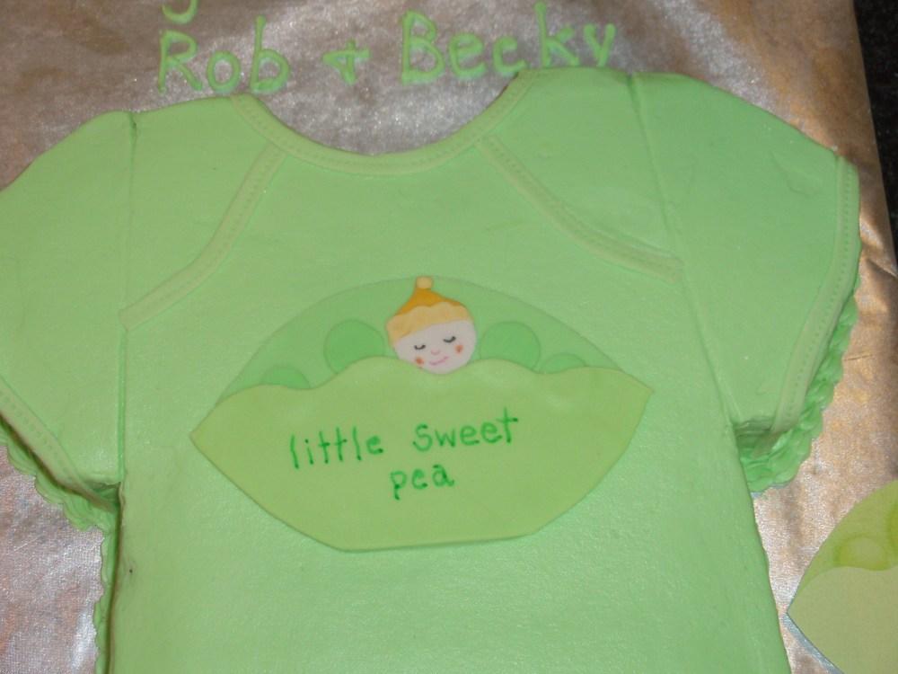 Sweet Pea Baby Shower Cake (6/6)