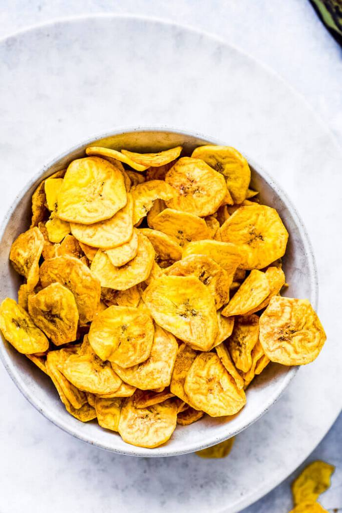 HOW TO FRY PLANTAIN CHIPS WITH HONEY