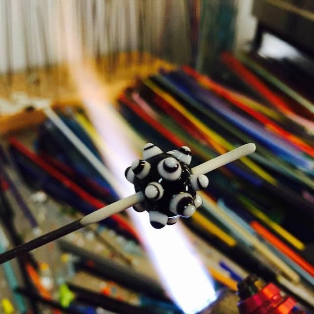 sputnik-bead