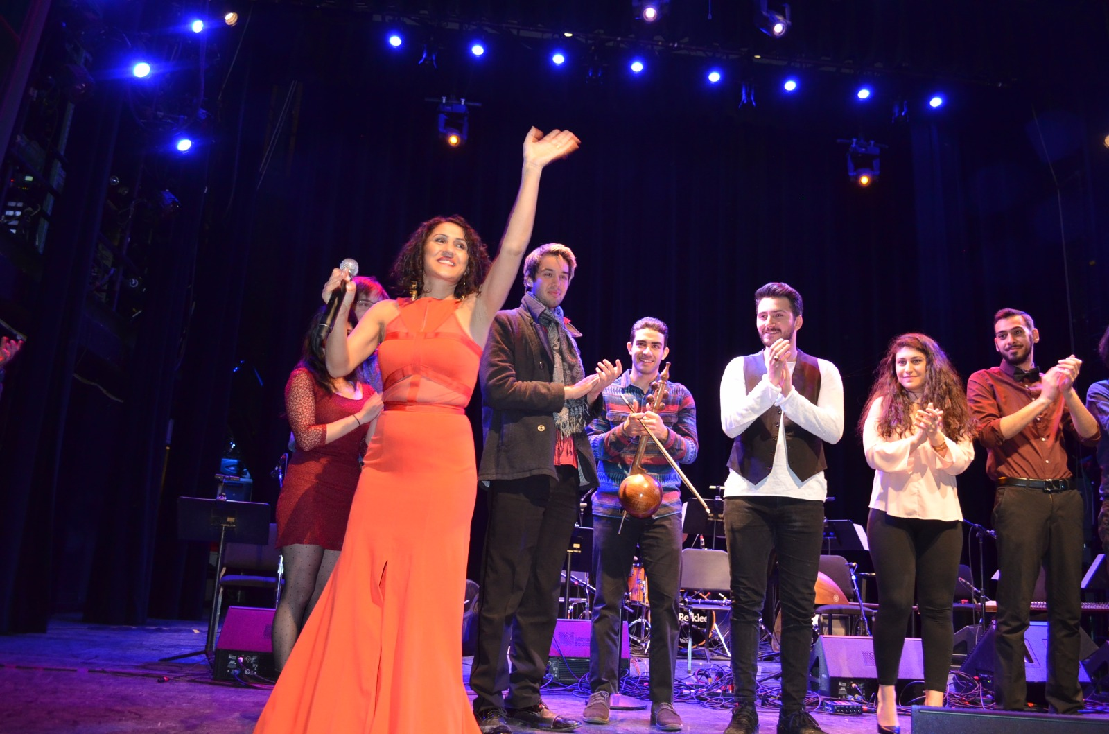 Kurdish superstar targets the international music market