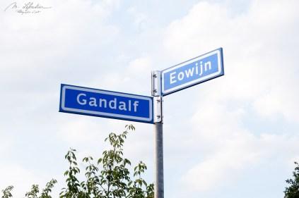Gandalf and Ewosijn street signs in Geldrop