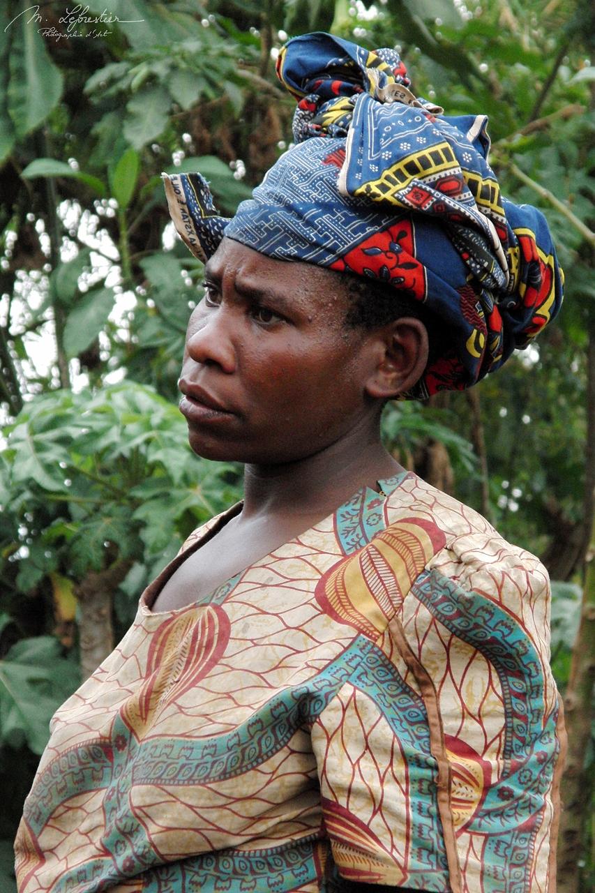 portrait of a twa tribe woman Ruhengeri Rwanda pygmy pygmies