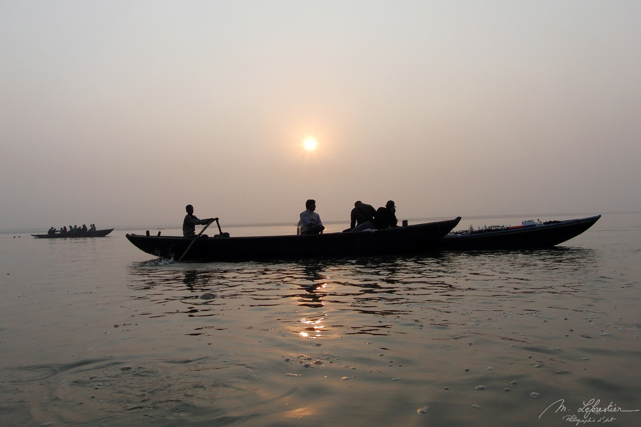 early morning boat ride on the Ganges in Varanasi